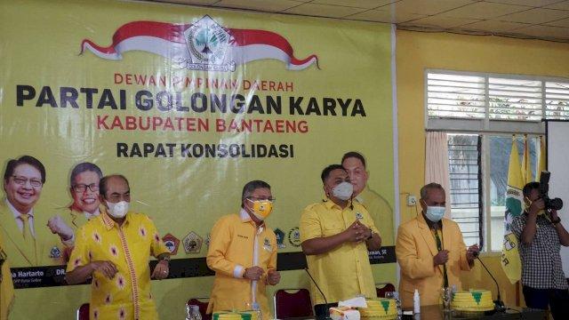 Taufan Pawe Jagokan Menantu NA Besaran Golkar dan Bantaeng