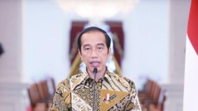 Presiden Jokowi dalam saat memberikan sambutan terkait persatuan menangani pandemi covid-19 di istana.   Setkab/Intan.