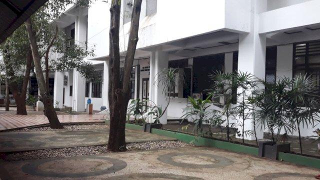Kantor Gubernur, gedung Biro Pengadaan Barang dan Jasa, Rabu (3/3). | Al/troroar.id