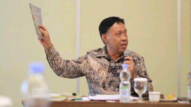 Prof. Dr. Marwan Mas, SH., MH. [trotoar.id].