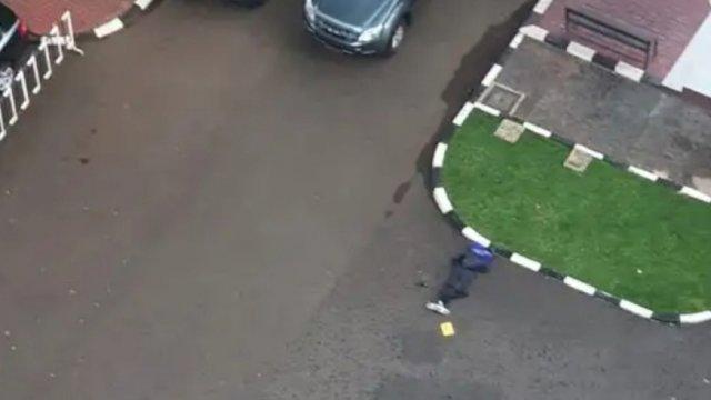 Terduga teroris yang ditembak mati di halaman Mabes Polri, Jakarta, Rabu (31/3).