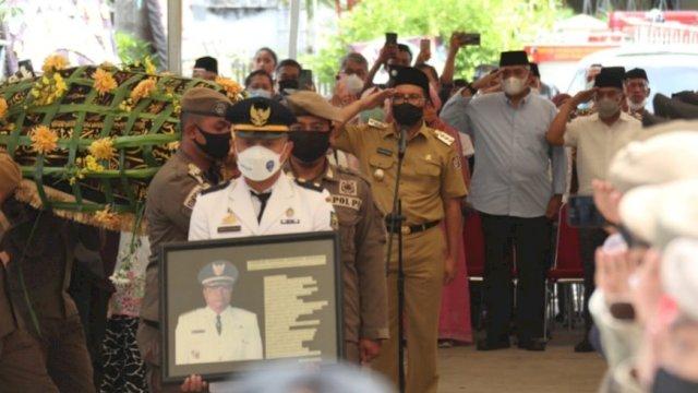 DP Pimpin Upacara Prosesi Pelepasan Jenazah Mantan Wali Kota Makassar