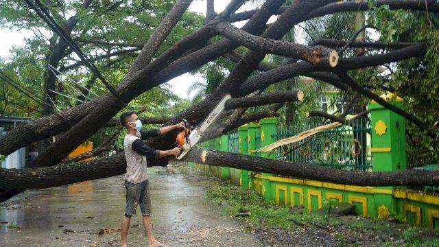 Curah Hujan Tinggi, Plt Gubernur: Warga Tetap Tenang dan Antisipasi Dampak Banjir