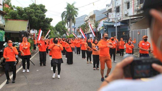 Sabtu Ceria, Danny-Fatma Senam Bersama Warga Makassar