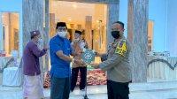 Kapolres Sinjai Berikan Bantuan Al-Qur'an Saat Hadiri Peresmian Masjid Darul Ikhsan