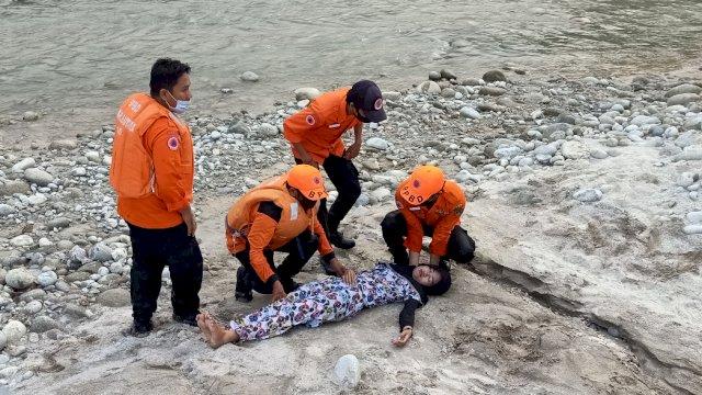 BPBD Kabupaten Luwu Utara Melakukan Simulasi Pertolongan Bencana Alam