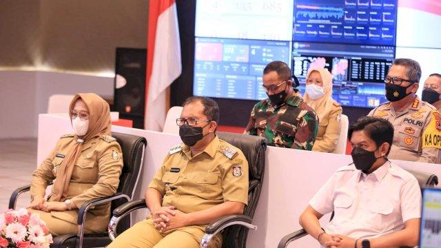 Walikota Makassar Mohammad Ramdhan Danny pomanto Menghadiri Rapat Koordinasi Bersama Persidrn Jokowi
