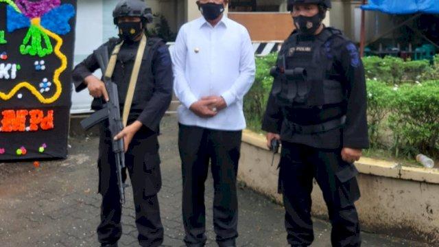 Bupati Maluku Tenggara Jenguk Warganya Yang Jadi Korban Bom Makassar