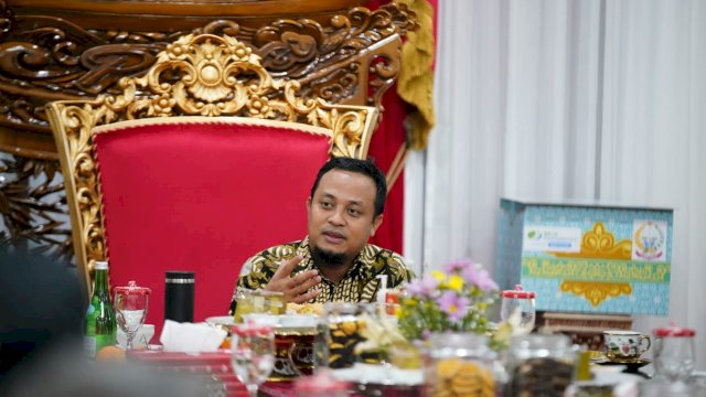 Pemerintah Provinsi (Pemprov) Sulawesi Selatan (Sulsel) mengeluarkan Surat Edaran Tentang Pembatasan Bepergian Ke Luar Daerah dan atau Mudik dan atau Cuti Bagi Pegawai Aparatur Sipil Negara, serta Pemeliharaan Ketentraman dan Ketertiban Masyarakat Dalam Masa Pandemi Covid-19 dan Idul Fitri 1442 Hijriah, di Lingkup Provinsi Sulsel.