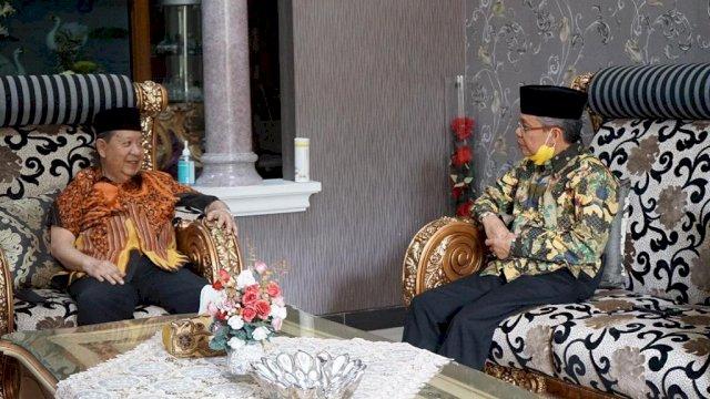 Tokoh Seniornya Partai Golkar Amin Syam, Saat menggelar Pertemuan Dengan Ketua Golkar Sulsel Taufan Pawe