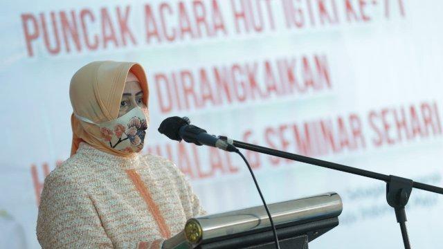 Indira Yusuf Ismail.
