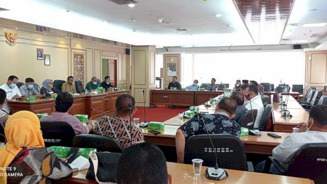 Ketua DPRD Sidrap Curhat Ke Syahar Soal Kelangkaan Pupuk