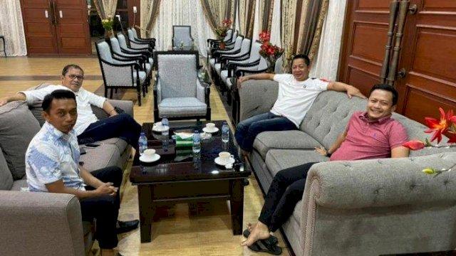 Ketua Dewan Pimpinan Wilayah ( DPW) Partai Nasdem Sulsel H Rusdi Masse Mappasessu ( RMS) menggelar pertemuan tertutup dengan Wali Kota Makassar Mohammad Ramdhan ( Danny) Pomanto.
