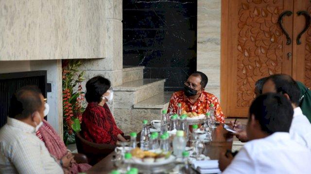 Pertemuan Dewan Eksekutif Walhi dengan Wali Kota Makassar.