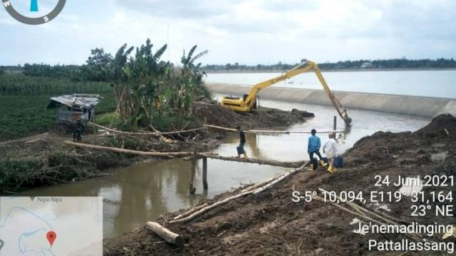 BBWS-PJ Keruk Sungai di Antang, Plt Gubernur: Pengerukan Untuk Mengurangi Dampak Banjir Tahunan