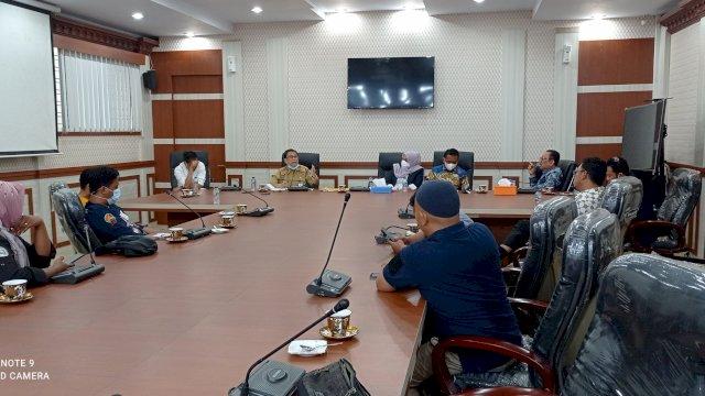 LIma Pimpinan DPRD Sulsel Bersama Dengan Inspektorat Melakuka KLarifikasi Soal Isu Pengembalian Dana Rp100 Juta