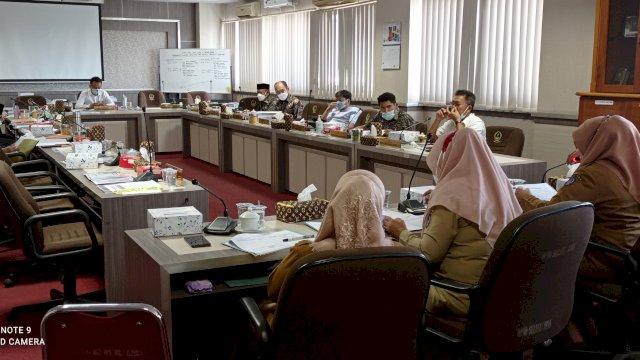 Rapat kerja Komisi E Bersama Direktur RSUD Bahas Temuan BPK