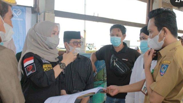 Andi Ina Kartika Sari Ketua DPRD Sulsel Meninjau Lokasi TPI Sumpang Barru
