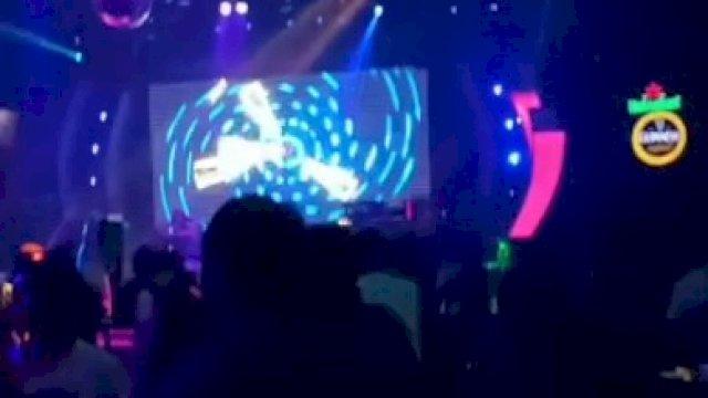 THM D'Liquid yang terletak di Lantai 3 Hotel Claro Makassar. Foto ini diambil dari sebuah video pada Minggu (6/6) dinihari. / Istimewa.