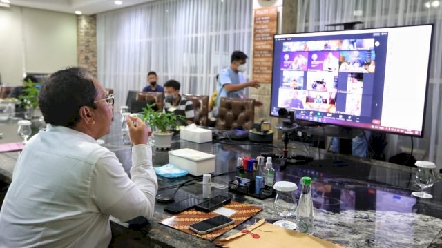 Sebanyak 306 Dokter yang tergabung dalam tim Detektor akan di turunkan ke 15 kelurahan di Kota Makassar untuk mendeteksi warga Kota Makassar yang terpapar virus corona.
