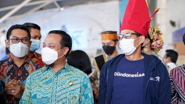Pelaksana Tugas Gubernur Sulawesi Selatan (Sulsel), Andi Sudirman Sulaiman, menghadiri pembukaan Bimbingan Teknis dan Workshop Online Anugerah Desa Wisata Indonesia (ADWI) 2021 Zona B, yang digelar secara virtual, Jumat (16/7/2021).