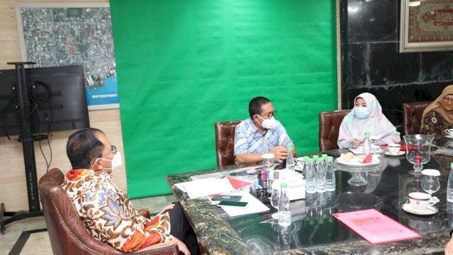 Wali Kota Makassar, Moh. Ramdhan 'Danny' Pomanto menerima kunjungan Dirut RSKD Dadi, Arman Bausat di Kediaman pribadi Jalan Amirullah, Kamis (22/7/21).