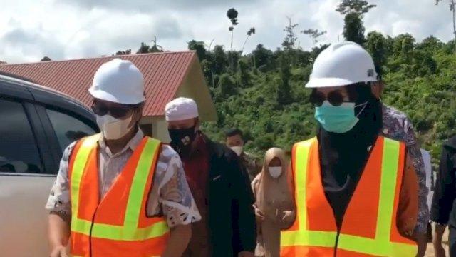 Bupati Luwu Utara Indah Putri Indriani Meninjau Pembangunan Hunian Tetap Bagi Korban Banjir Bandang