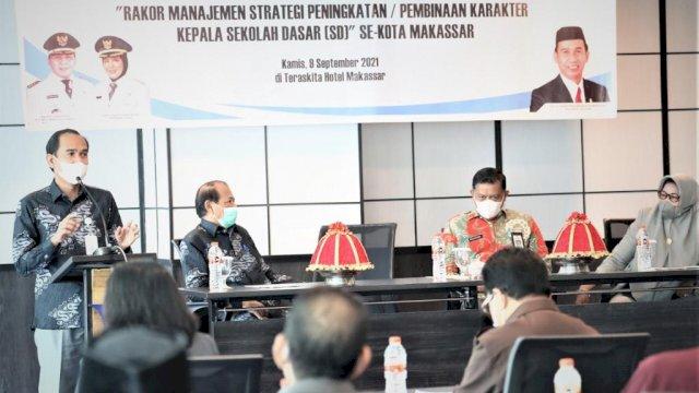 RL Buka Rapat Koordinasi Terkait Pembinaan Karakter Kepala Sekolah se-Kota Makassar