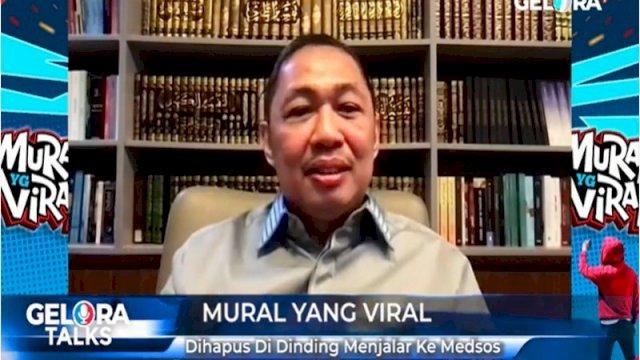 Ketua Umum Partai Gelombang Rakyat (Gelora) Indonesia menilai di alam demokrasi, pemerintah tidak perlu paranoid terhadap maraknya mural yang bermunculan di berbagai daerah akhir-akhir ini.