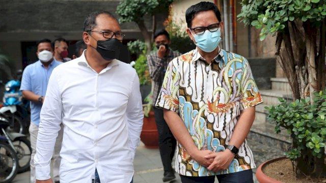 Wali Kota Makassar, Moh. Ramdhan 'Danny' Pomanto menerima kunjungan Anggota KPU RI, Viryan Azis di kediaman pribadinya, Jalan Amirullah, Sabtu (11/9/21).