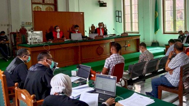 Persidangan Nurdin Abdullah di pengadilan Negeri Makassar, Rabu (29/9). / Alam