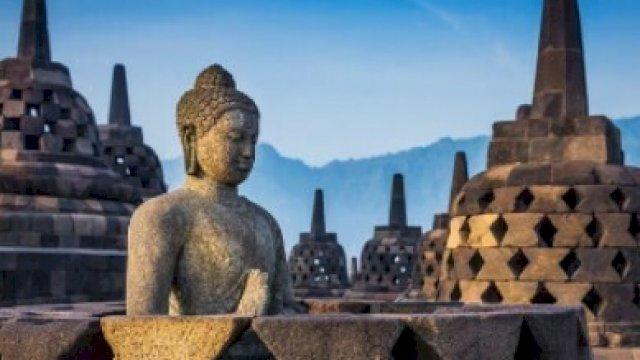 Candi Borobudur (tirtoid).
