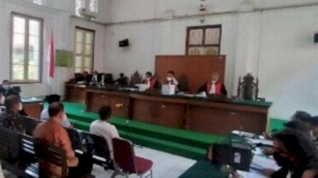 Para saksi yang hadir dalam sidang Nurdin Abdullah terkait suap dan gratifikasi proyek di Pemprov Sulsel, Kamis (16/9).