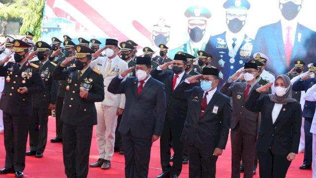 HUT TNI ke-76, Walkot Makassar: Garda Terdepan Melawan Covid-19
