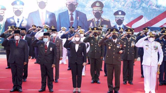 Di HUT TNI ke 76, Plt Gubernur Sulsel Apresiasi Perjuangan TNI