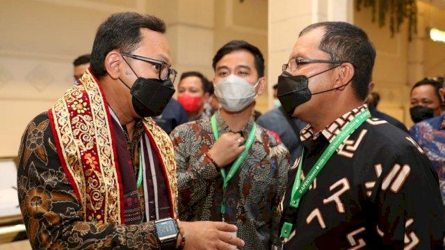 Tinjau Booth Makassar, Gibran dan Bima Puji Walkot Danny Pomanto
