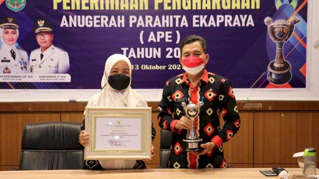 Terima Penghargaan APE 2020 Kategori Madya, Wabup Ingin Kategori Utama APE 2022