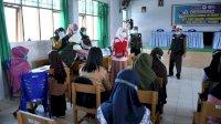 PMI Lanjutkan Roadshow Vaksinasi Pelajar di SMPN 4 Masamba, 108 Pelajar Disuntik Vaksin COVID-19