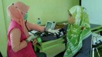 Perkuat Garda Terdepan, Dinkes Sinjai Suntik Tenaga Kesehatannya Vaksin Modena Dosis ke-3